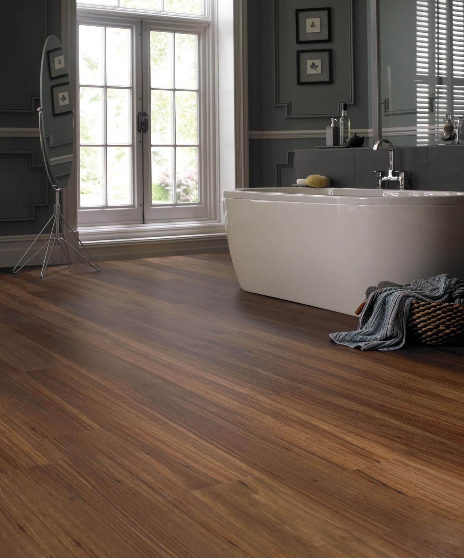 Diablo flooring inc karndean luxury vinyl flooring for Luxury laminate